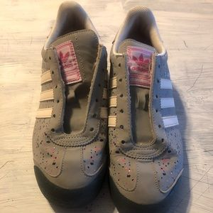 Adidas Youth shoes size 4.5
